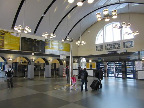 IMG_3947ルブリン駅.JPG