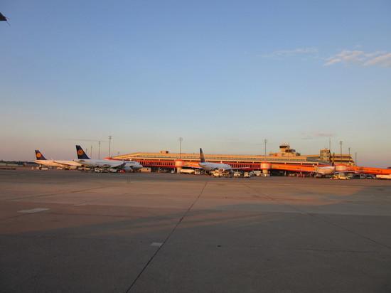 IMG_4397テーゲルターミナル.JPG