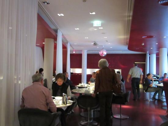 IMG_4206ホテルQレストラン.JPG