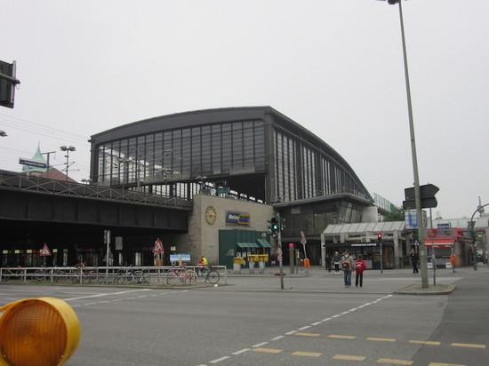IMG_4360ティアガルテン駅.JPG
