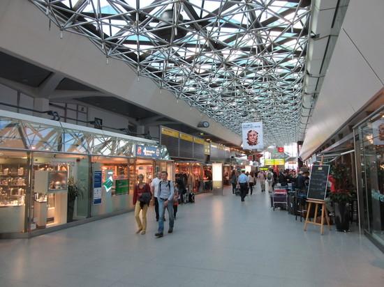IMG_4389テーゲルターミナル.JPG